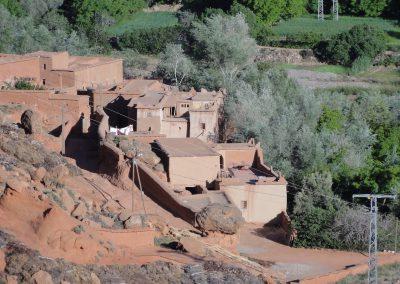 abdou-guide-marocain-guide-vallee-des-roses-mgoun-boutaghar-gorges-d-agouti-trek-013