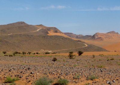 trek-desert-maroc-randonnee-desert-maroc-guide-abdou-vallee-des-roses-mont-mgoun-09